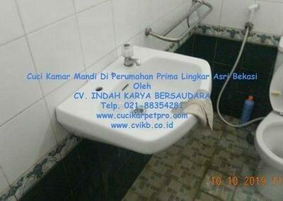 cuci-kamar-mandi-di-prima-lingkar-asri-11