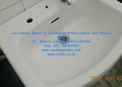 cuci-kamar-mandi-di-prima-lingkar-asri-12