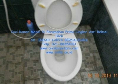 cuci-kamar-mandi-di-prima-lingkar-asri-13