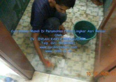cuci-kamar-mandi-di-prima-lingkar-asri-24