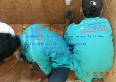 cuci-kamar-mandi-di-prima-lingkar-asri-30