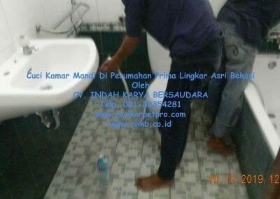 cuci-kamar-mandi-di-prima-lingkar-asri-39