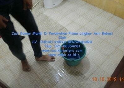 cuci-kamar-mandi-di-prima-lingkar-asri-56