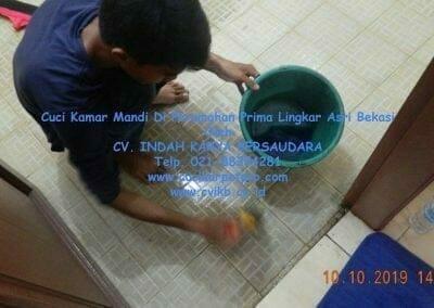 cuci-kamar-mandi-di-prima-lingkar-asri-58