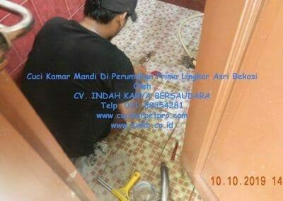cuci-kamar-mandi-di-prima-lingkar-asri-62