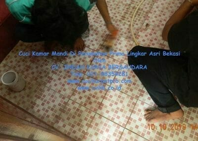 cuci-kamar-mandi-di-prima-lingkar-asri-69