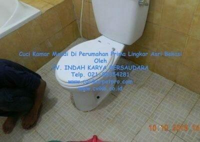 cuci-kamar-mandi-di-prima-lingkar-asri-75