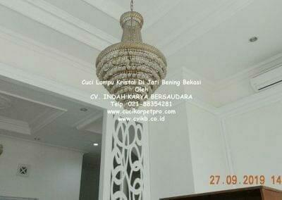 cuci-lampu-kristal-di-jati-bening-03