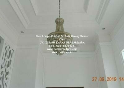 cuci-lampu-kristal-di-jati-bening-04