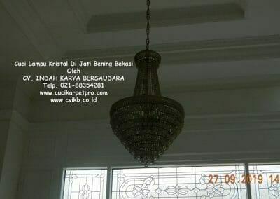cuci-lampu-kristal-di-jati-bening-06