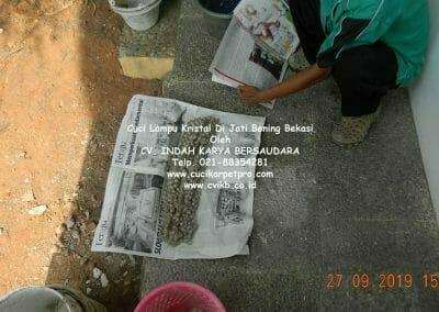 cuci-lampu-kristal-di-jati-bening-12