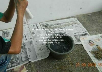 cuci-lampu-kristal-di-jati-bening-15