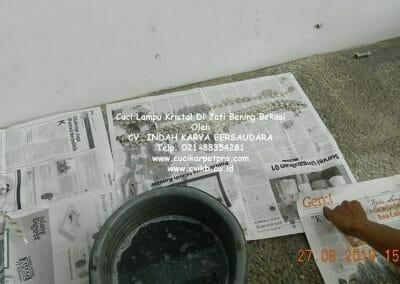 cuci-lampu-kristal-di-jati-bening-16