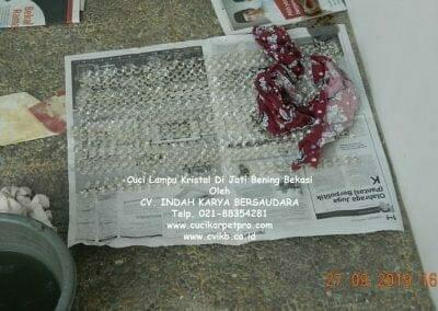 cuci-lampu-kristal-di-jati-bening-30