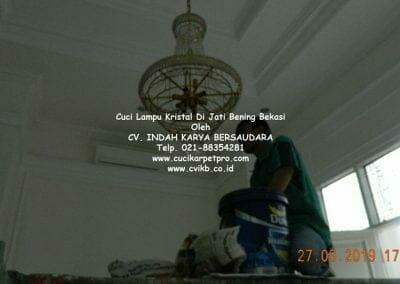 cuci-lampu-kristal-di-jati-bening-38