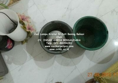 cuci-lampu-kristal-di-jati-bening-41