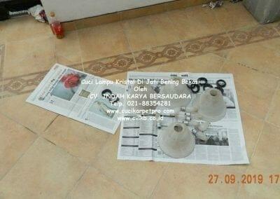 cuci-lampu-kristal-di-jati-bening-43