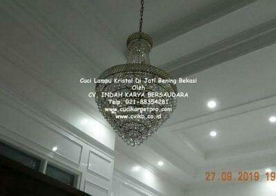 cuci-lampu-kristal-di-jati-bening-47
