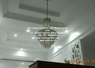 cuci-lampu-kristal-di-jati-bening-48