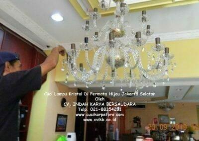 cuci-lampu-kristal-di-permata-hijau-31