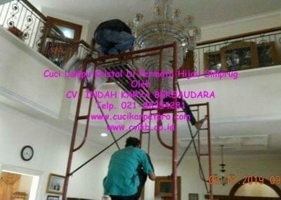 cuci-lampu-kristal-di-permata-hijau-simprug-004