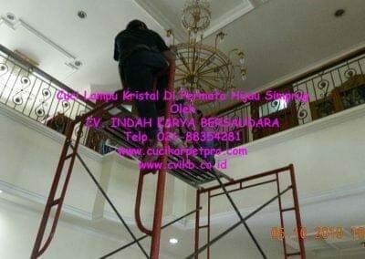 cuci-lampu-kristal-di-permata-hijau-simprug-027