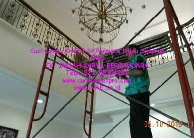 cuci-lampu-kristal-di-permata-hijau-simprug-036