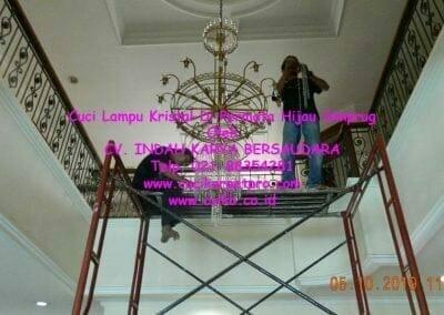 cuci-lampu-kristal-di-permata-hijau-simprug-038