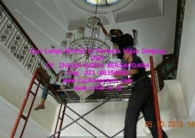 cuci-lampu-kristal-di-permata-hijau-simprug-047