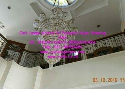 cuci-lampu-kristal-di-permata-hijau-simprug-051
