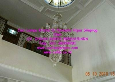 cuci-lampu-kristal-di-permata-hijau-simprug-052