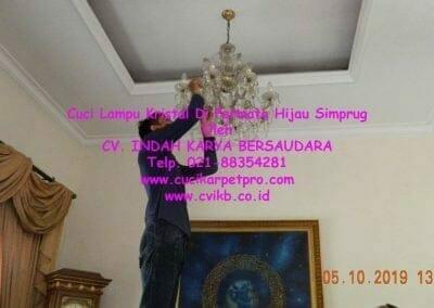 cuci-lampu-kristal-di-permata-hijau-simprug-071