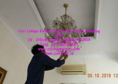 cuci-lampu-kristal-di-permata-hijau-simprug-075