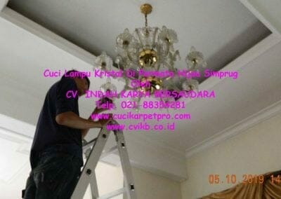 cuci-lampu-kristal-di-permata-hijau-simprug-087