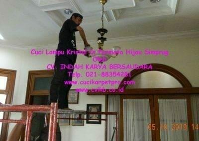 cuci-lampu-kristal-di-permata-hijau-simprug-090