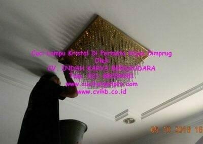 cuci-lampu-kristal-di-permata-hijau-simprug-119
