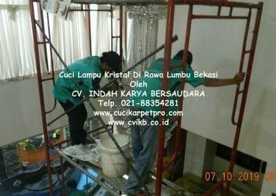cuci-lampu-kristal-di-rawa-lumbu-09
