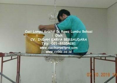 cuci-lampu-kristal-di-rawa-lumbu-14