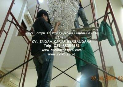 cuci-lampu-kristal-di-rawa-lumbu-48