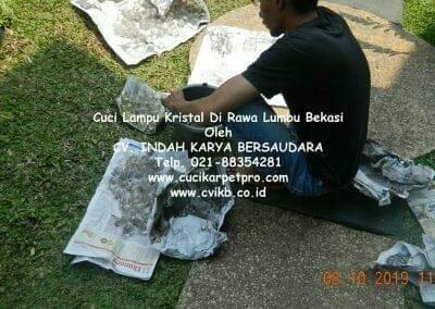cuci-lampu-kristal-di-rawa-lumbu-93