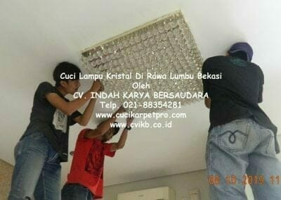 cuci-lampu-kristal-di-rawa-lumbu-95