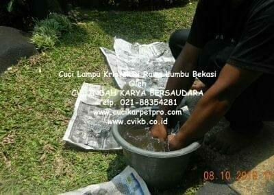 cuci-lampu-kristal-di-rawa-lumbu-97