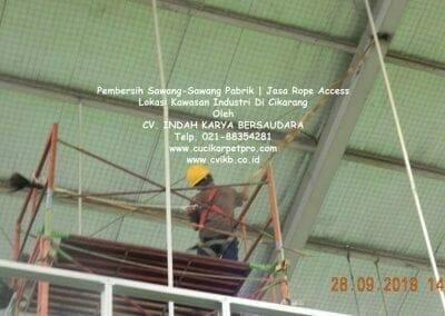 jasa-rope-access-pembersih-sawang-sawang-pabrik-50
