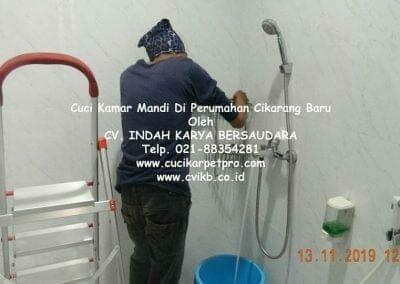 cuci-kamar-mandi-di-perumahan-cikarang-baru-12