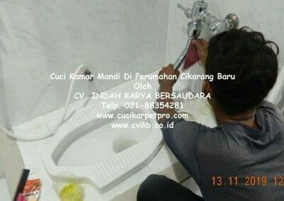 cuci-kamar-mandi-di-perumahan-cikarang-baru-14