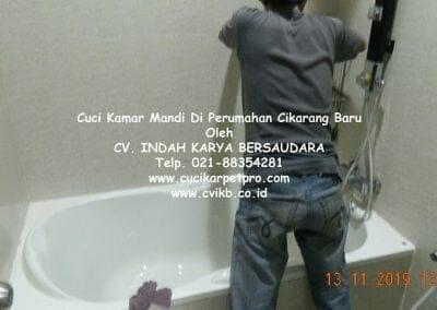 cuci-kamar-mandi-di-perumahan-cikarang-baru-16