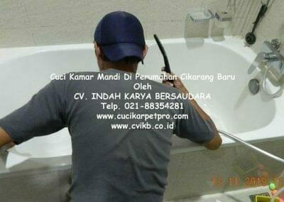 cuci-kamar-mandi-di-perumahan-cikarang-baru-23