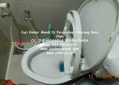 cuci-kamar-mandi-di-perumahan-cikarang-baru-37