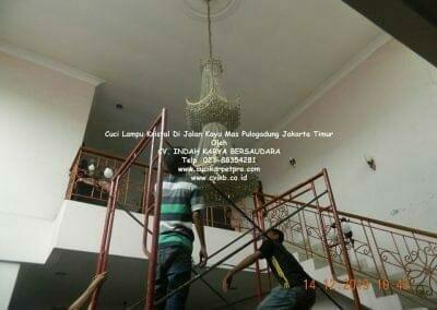 cuci-lampu-kristal-di-pulogadung-03