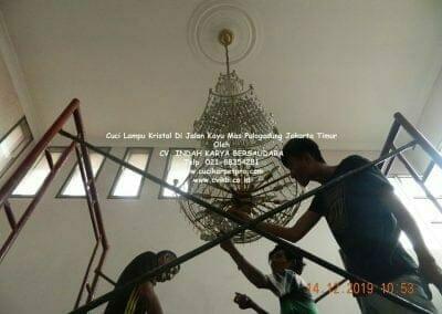 cuci-lampu-kristal-di-pulogadung-07